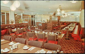 MOBILE-AL-Village-Inn-Pancake-House-Vintage-Interior-Dining-Room-View-Postcard