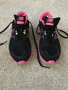 New-Balance-750-V1-Womens-Running-Shoes-BLACK-PINK-YELLOW-Size-8-5