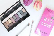 Makeup Revolution Big Love Eyeshadow Palette 3 diversi look in 1 fumè viola