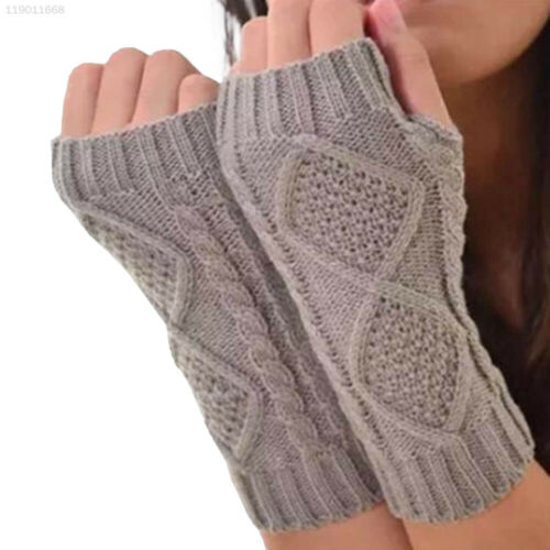 279B Women Fingerless Gloves Gray Hand Knitted Wrist Mittens