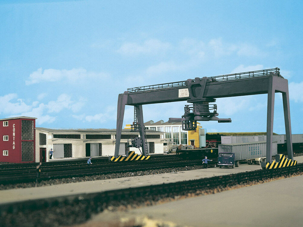 Vollmer Overhead Crane Kit 5624 HO and OO Scale