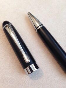 NEW JINHAO 598 BLACK// BLACK TRIM CHROME CLIP BALLPOINT PEN-BLACK INK-UK SELLER.