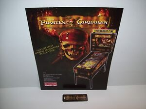 PIRATES-OF-THE-CARIBBEAN-STERN-2006-ORIGINAL-PINBALL-NOS-FLYER-NOS-KEY-CHAIN