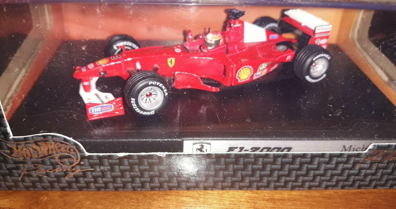 Hot Wheels 1 43 Ferrari F1-2000  3 M.Schumacher World Champion
