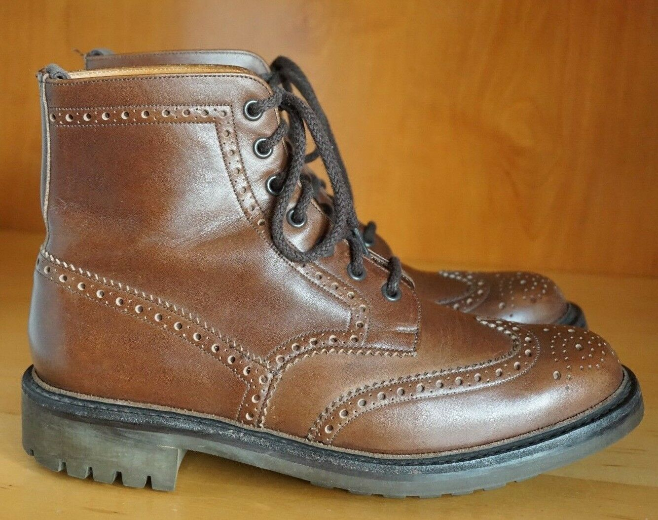 CHURCHS MCFARLAND US 9.5 WINGTIP BROWN COMMANDO OUTSOLE