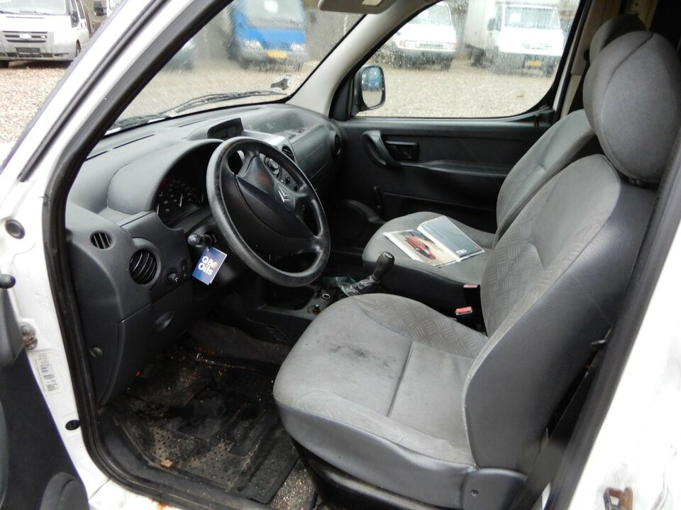 Citroën Berlingo 2,0 HDi Cityvan Diesel modelår 2006 Hvid