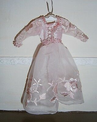 DOLLHOUSE MINIATURES LADIES PINK EMBROIDERED NIGHTTGOWN