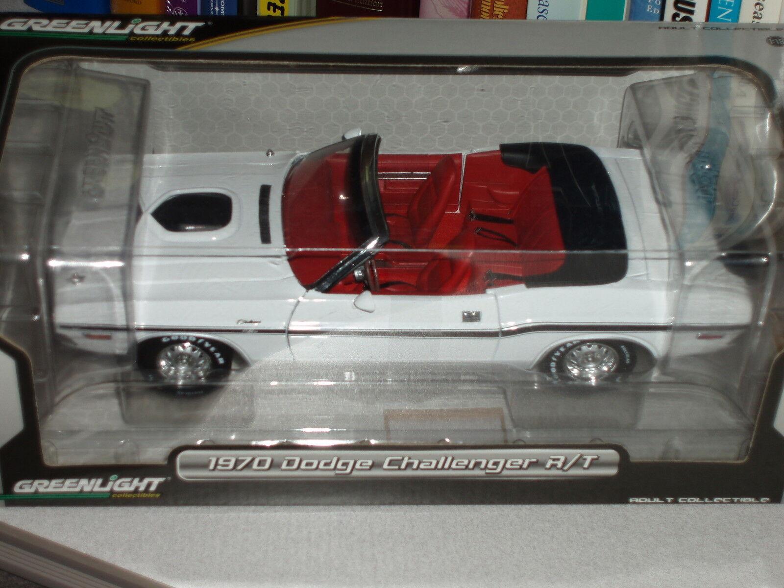 Nuevos productos de artículos novedosos. verdelight 1970 Dodge Dodge Dodge Challenger R T Conv 1 18 blancoo Rojo Negro  preferente