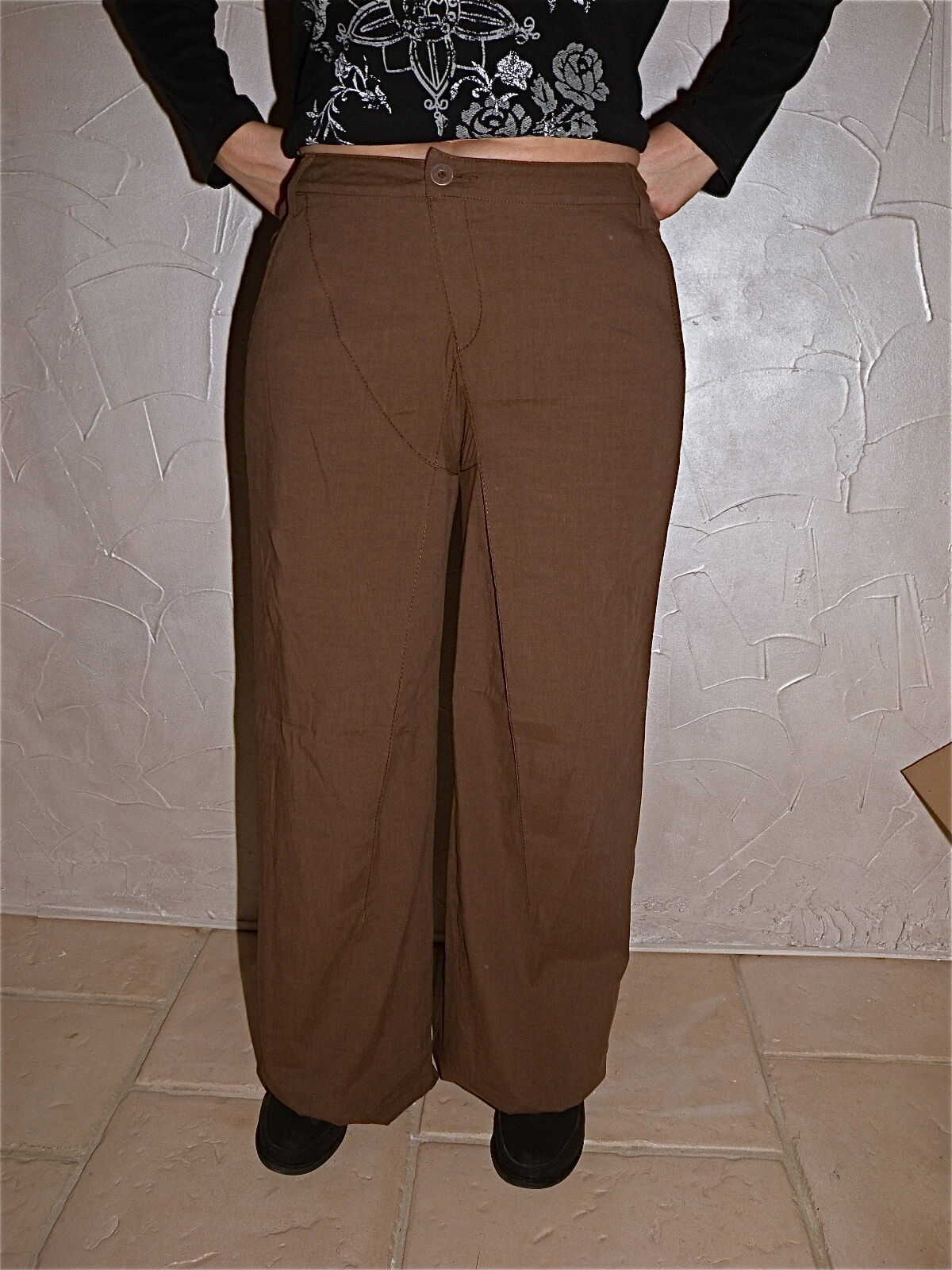 Joli pantalon large en lin camel très classe  MC PLANET size 42 NEUF ÉTIQUETTE