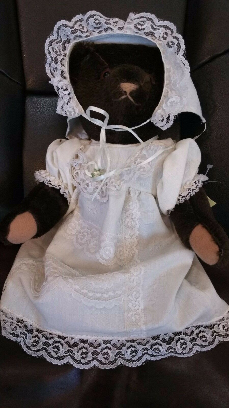 Althans made Bear 42/350 West Germany with Beautiful Gown Growler 12