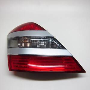 Rueckleuchte-links-Mercedes-S-Klasse-W221-10-05-A2218200164-Ruecklicht