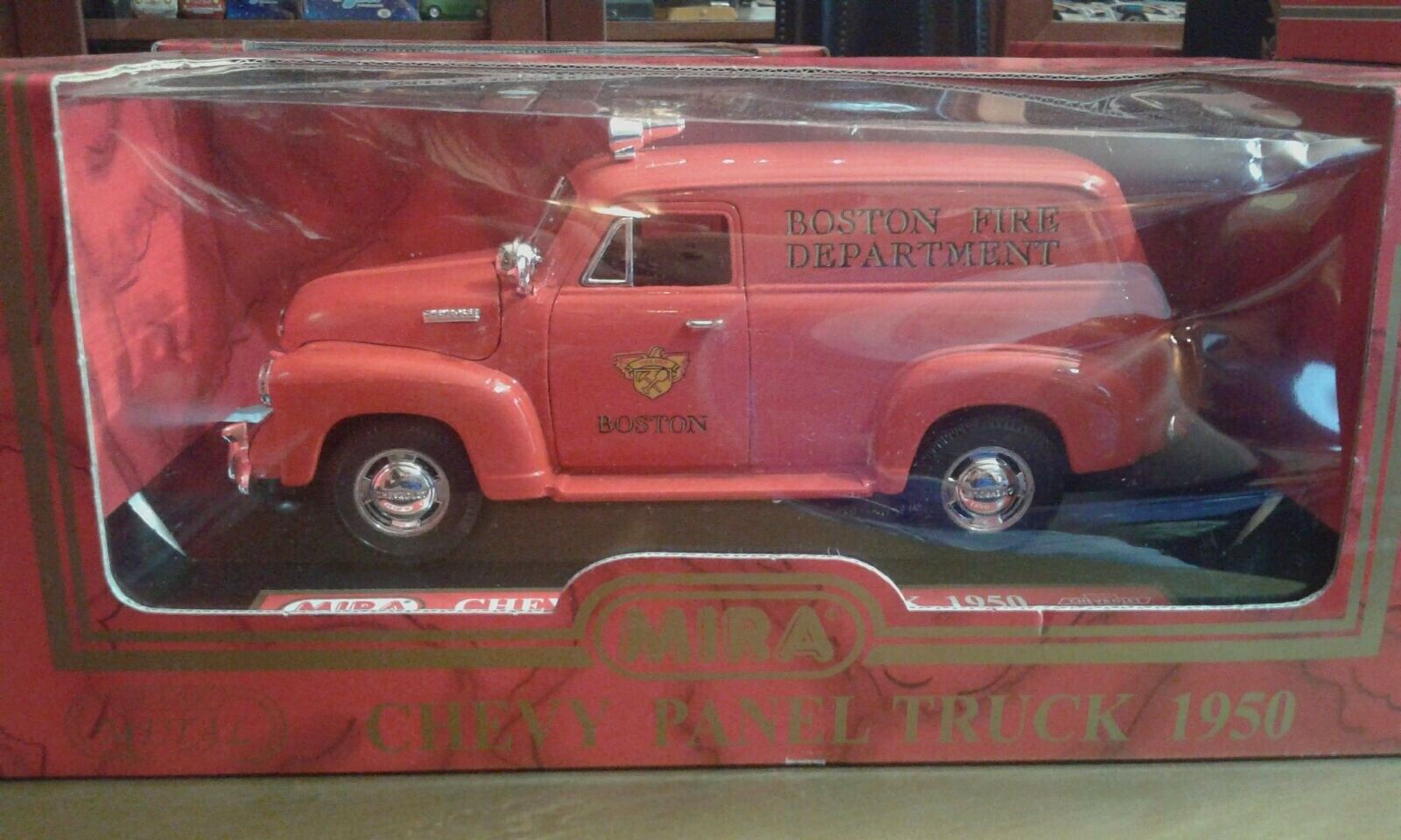 Mira 1 18 Chevy  Chevrolet 1950 Panel Van boston fire departHommest  magasin vente sortie