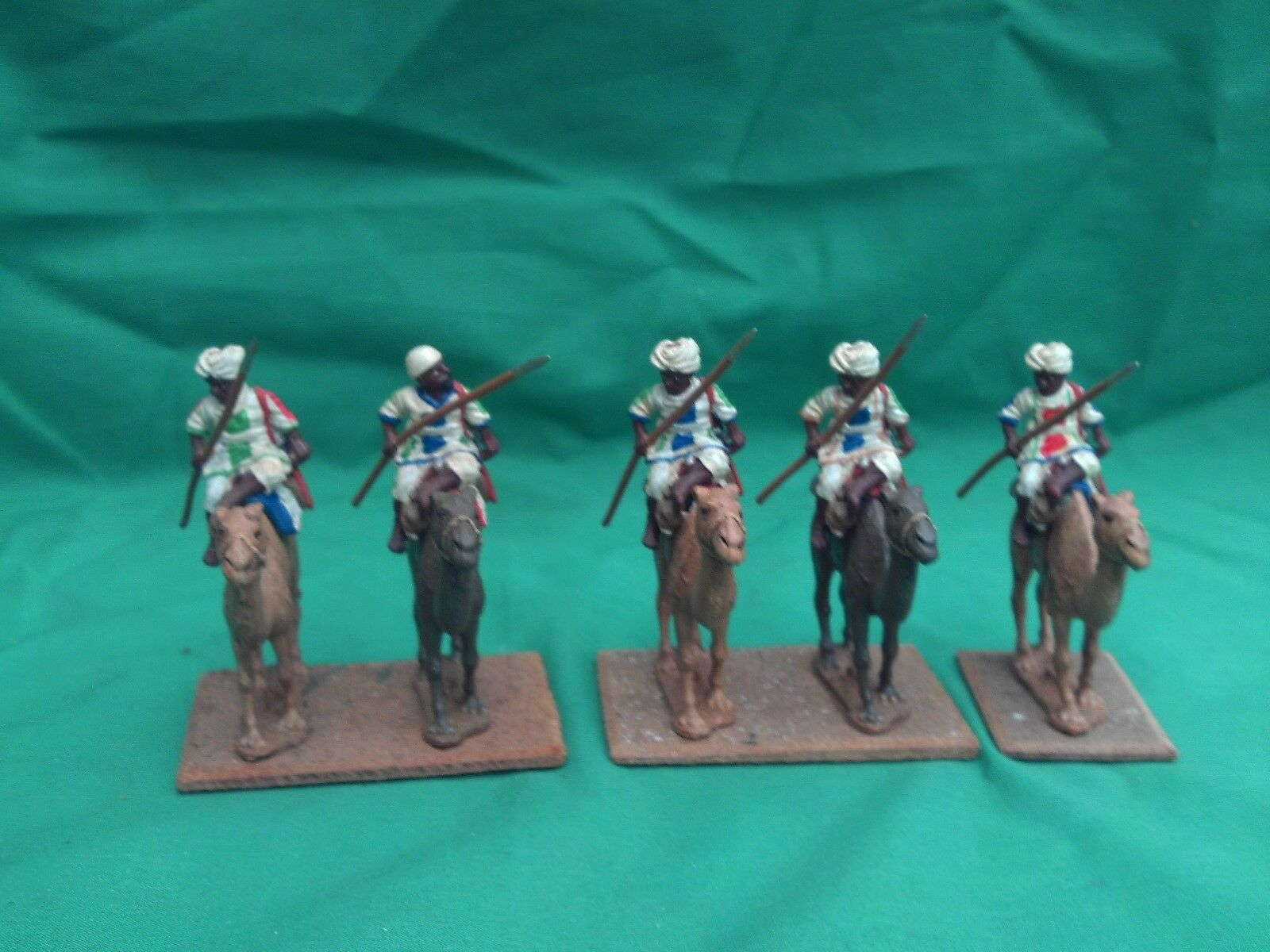 ESSEX MINIATURES 25 28mm PAINTED & BASED COLONIAL MOUNTED MAHDIST CAMELRY X 5