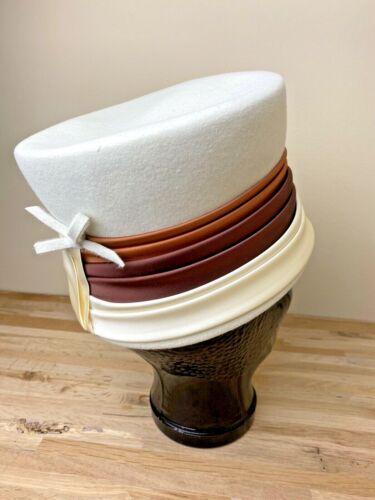 Vintage Women's Hat White Felt tan brown neutral b
