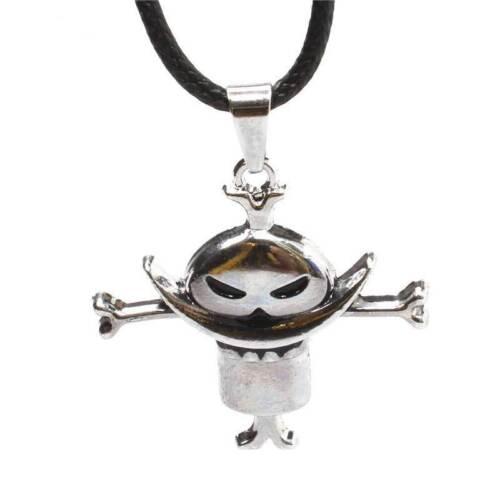Anime One Piece Whitebeard Pirates Crew Logo Pendant Alloy Necklace Cosplay Gift