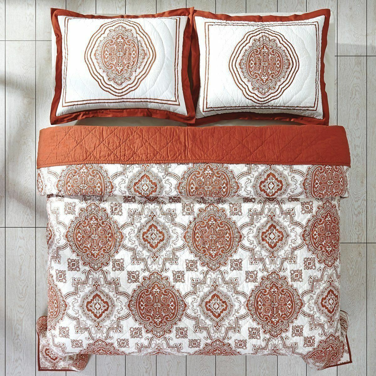 NIP VHC Brands Patina Rust Medallion Queen Quilt & Shams Set 3pc
