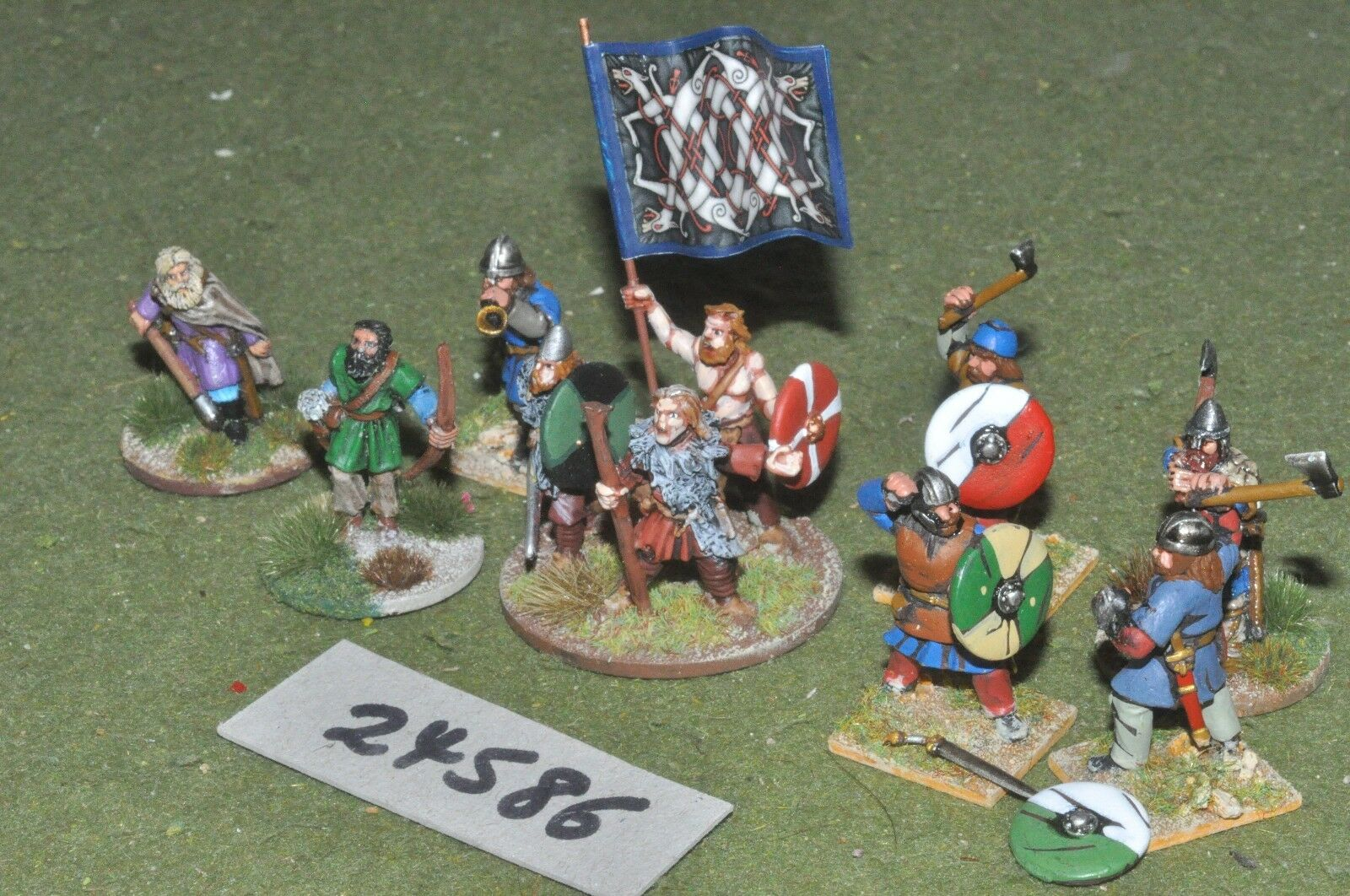 25mm dark ages   viking - warriors 10 figures - inf (24586)