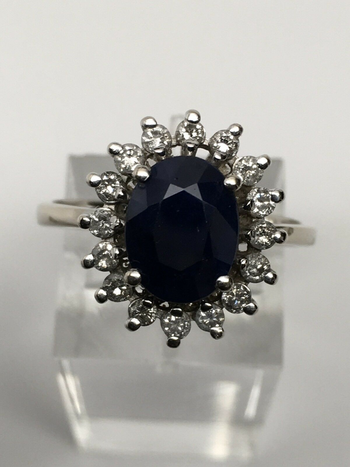 Effy Royalty 14K White gold bluee Sapphire and Diamond Ring Size 8.25