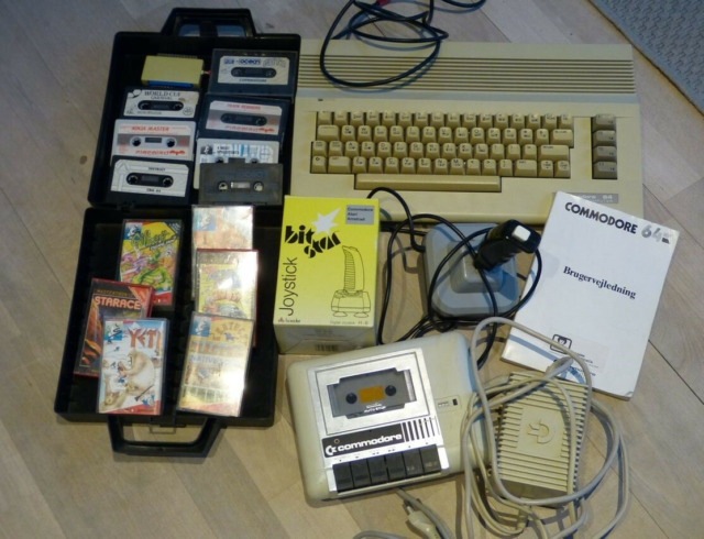 Commodore, spillekonsol, Commodore 64 Båndstation Spil og…