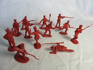 Classic Toy Soldiers/CTS Alamo Mexican attackers set #2 (Red) X12 1/32nd