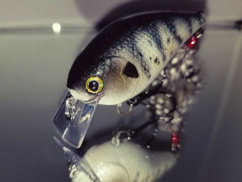 Square Bill Lure WHITE CRAPPIE Crank Bait Custom Painted BASS SNAX 1.5 Silent