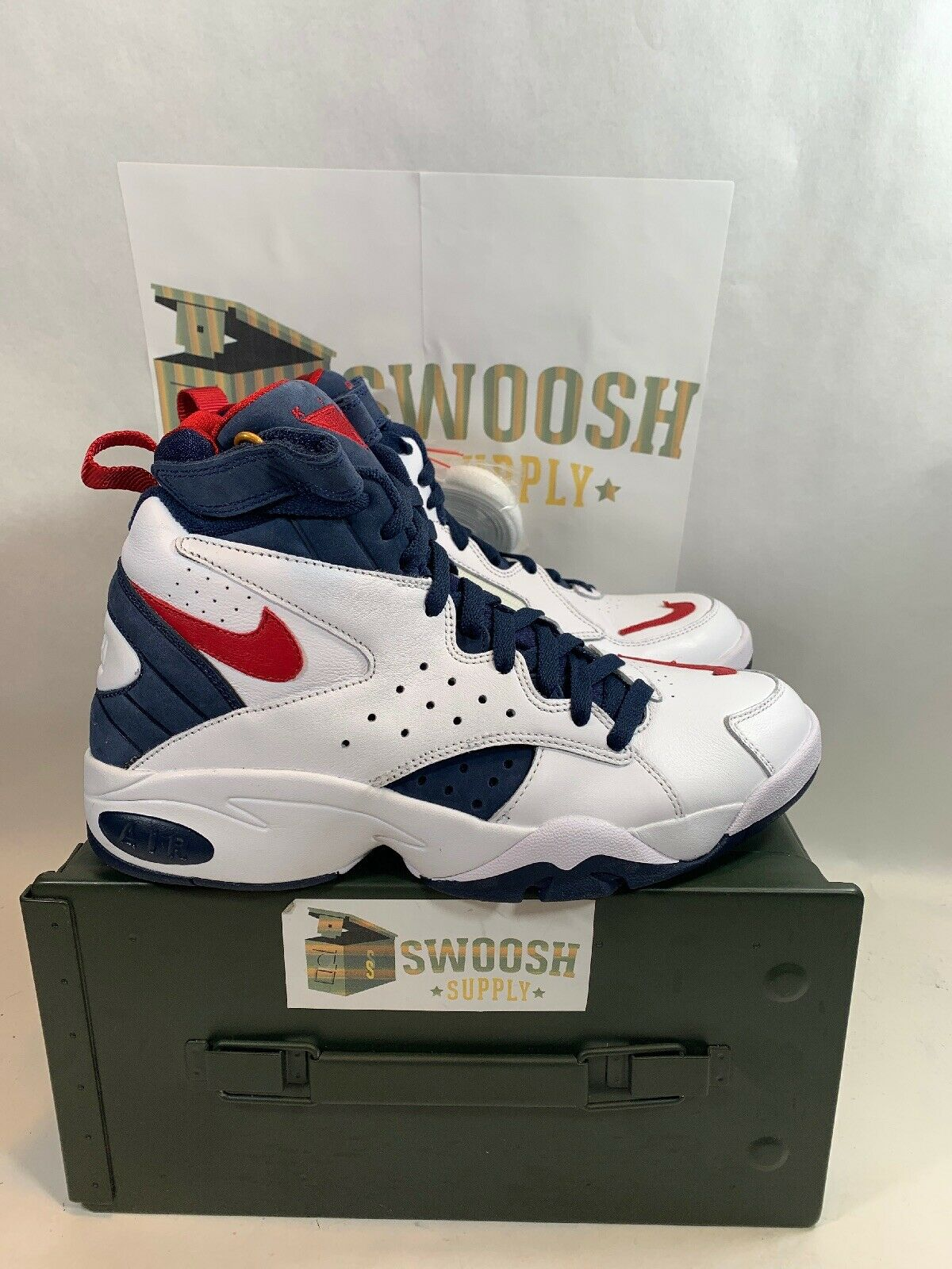 Nike X Kith Air maestro II Friends And Family Size 9.5 Super Rare White Red