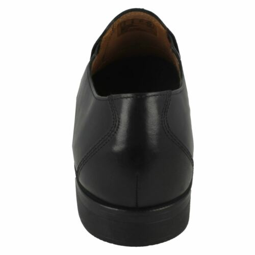 Details about  /Mens GILMAN Slip Leather Slip On Shoes By Clarks SALE NOW
