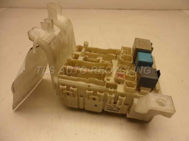 06 SCION TC DASH FUSE BOX 82730-21060 93887 | eBay
