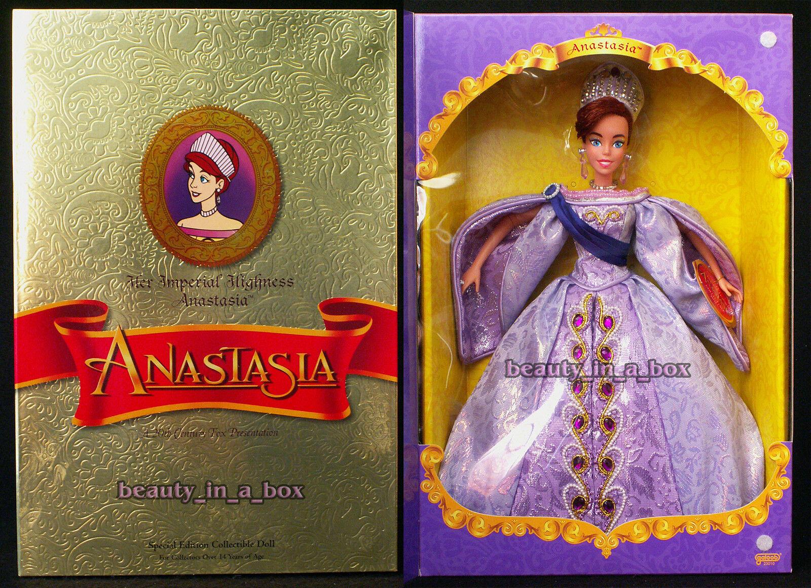 Su Alteza Imperial la Gran Duquesa Anastasia Muñeca Regal Vestido De Galoob