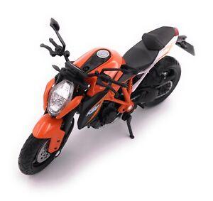 KTM-Motocicleta-Moto-Superduke-R-Naranja-Speed-Bike-Modelo-Producto-de-Licencia