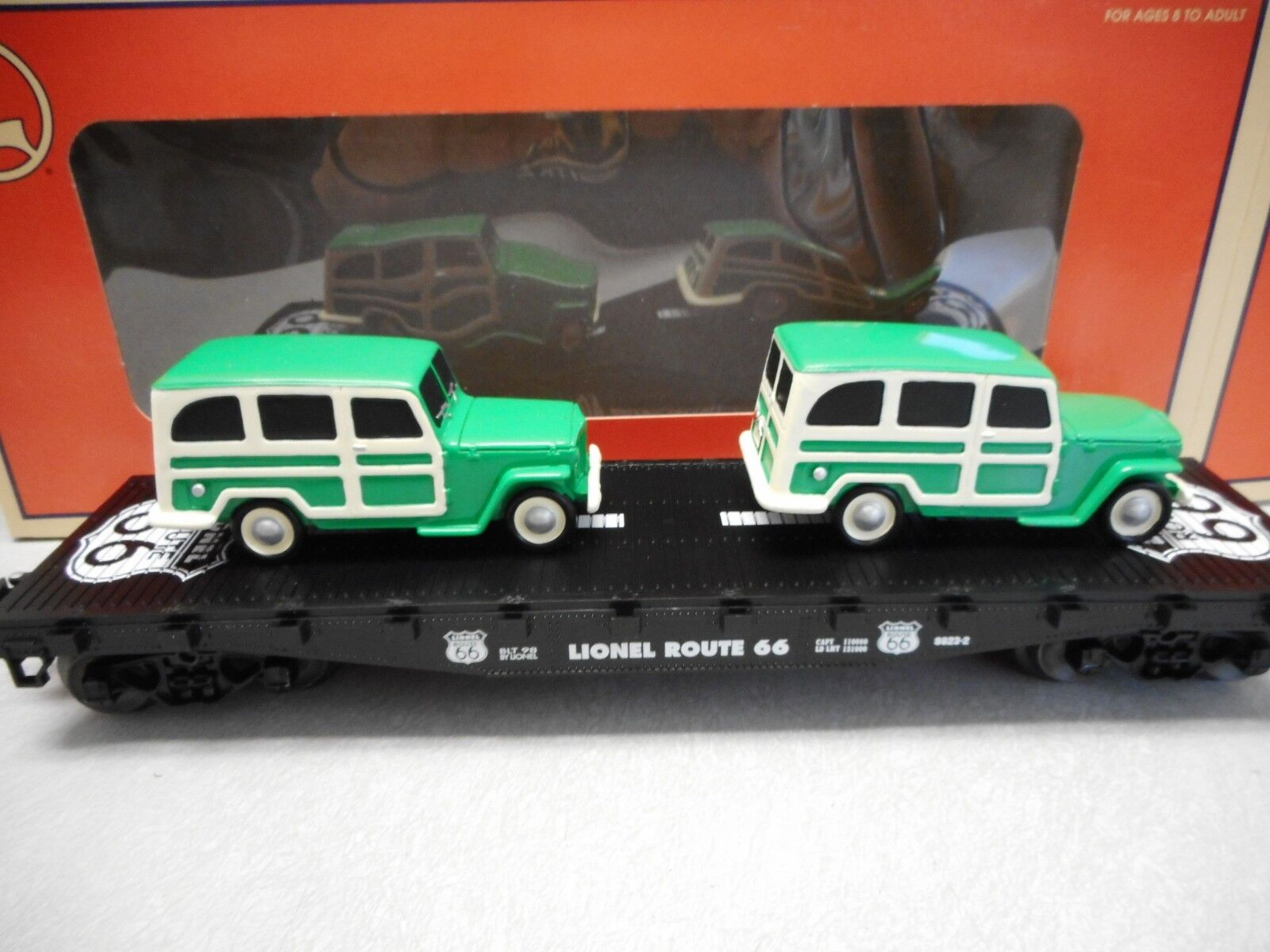 Lionel Route 66 Series Flatcar with Green Cream 1950's Wagons Std. O