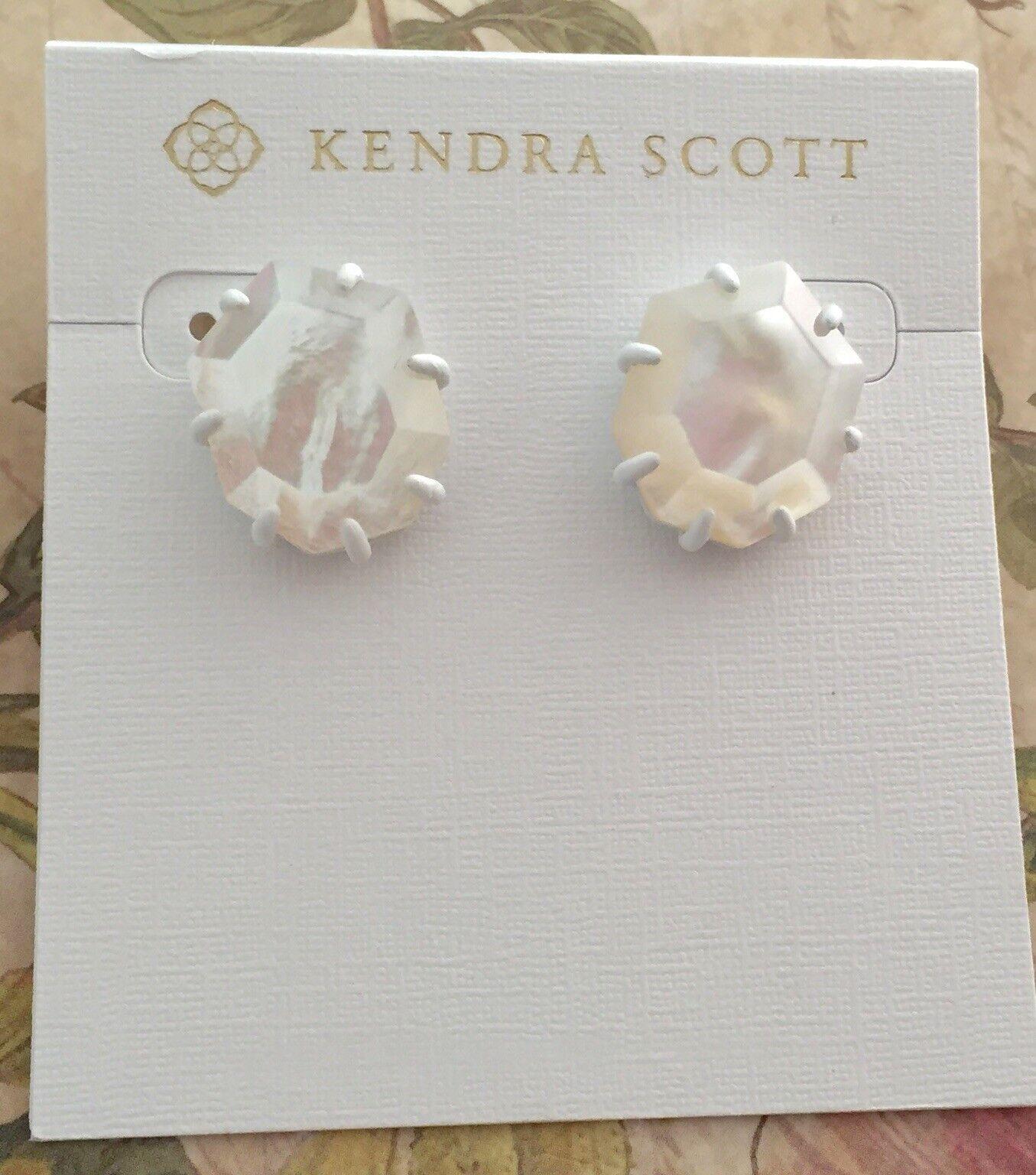 Kendra Scott Morgan Matte Stud Earrings MOP