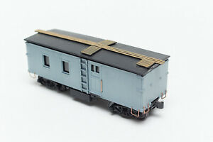 HO-BUILT-CUSTOM-ROUNDHOUSE-MDC-MOW-MAINTENANCE-OF-WAY-MINING-LOGGING-WORK-CAR