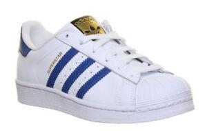 Détails sur Adidas Superstar junior YOUTH Blanc Bleu Lacets Basse Baskets Taille UK 3 6,5 afficher le titre d'origine
