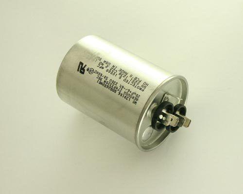 LOT OF 100 ILL CAP 22uF 50V Aluminum Axial Electrolytic Capacitor 226TTA050A