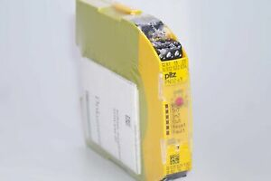 3 930-8-91 3//8-24 NF 4 flute bottom tap Nachi Japan   USA Lot of three,