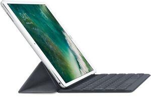 "Black Apple Smart Keyboard for 10.5/"" iPad Pro"