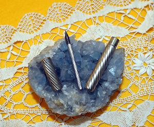 Box-porta-penna-metallico-composto-di-penna-con-pennino-Periodo-Anni-30