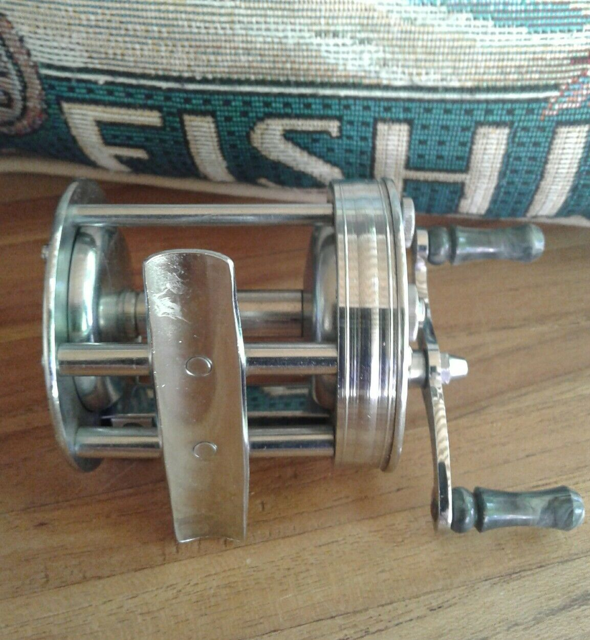 OLD VINTAGE OCEAN CITY NILE NEAT ODD FISHING REEL