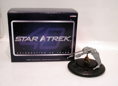 40th Anniv Star Trek:Next Klingon BOP Corgi Diecast Ship w Base//Lights