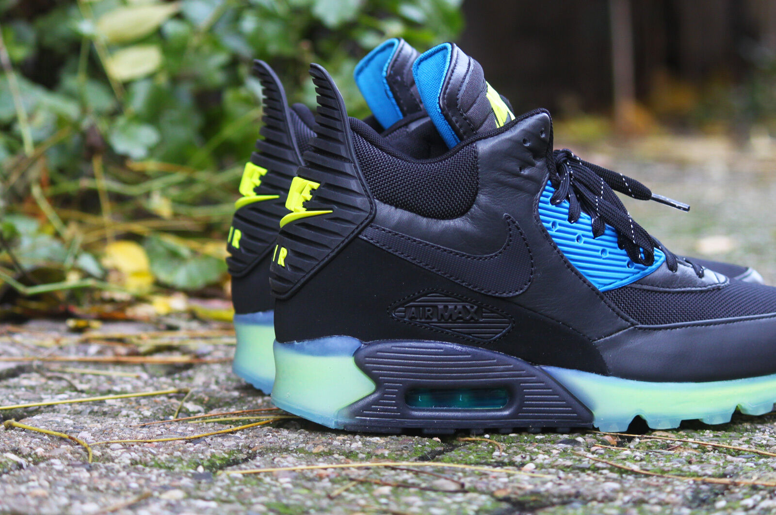 Nike Air Max 90 Sneakerboot Ice 684722 001 Sz 8.5 Black Ash