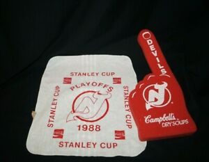 Vtg-New-Jersey-Devils-Rally-Towel-amp-Foam-Finger-1988-Stanley-Cup-Playoff-SGA