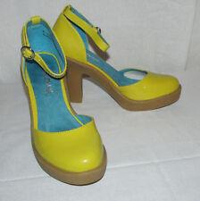 """Anne Michelle """"Empire"""" Retro Yellow Patent Faux Leather Sz 6 Platform Heels"""