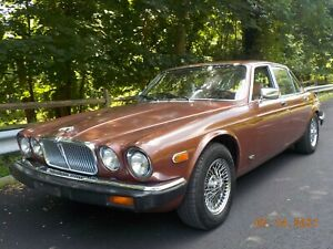 1981 Jaguar XJ6 WITH THE STUNNING CHEVY 350 ENGINE VERY VERY FAST!