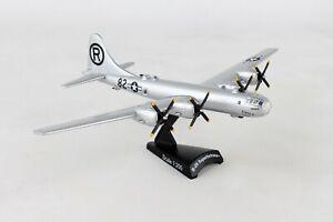 POSTAGE-STAMP-PS5388-USAAF-B-29-034-ENOLA-GAY-034-1-200-SCALE-DIECAST-METAL-MODEL