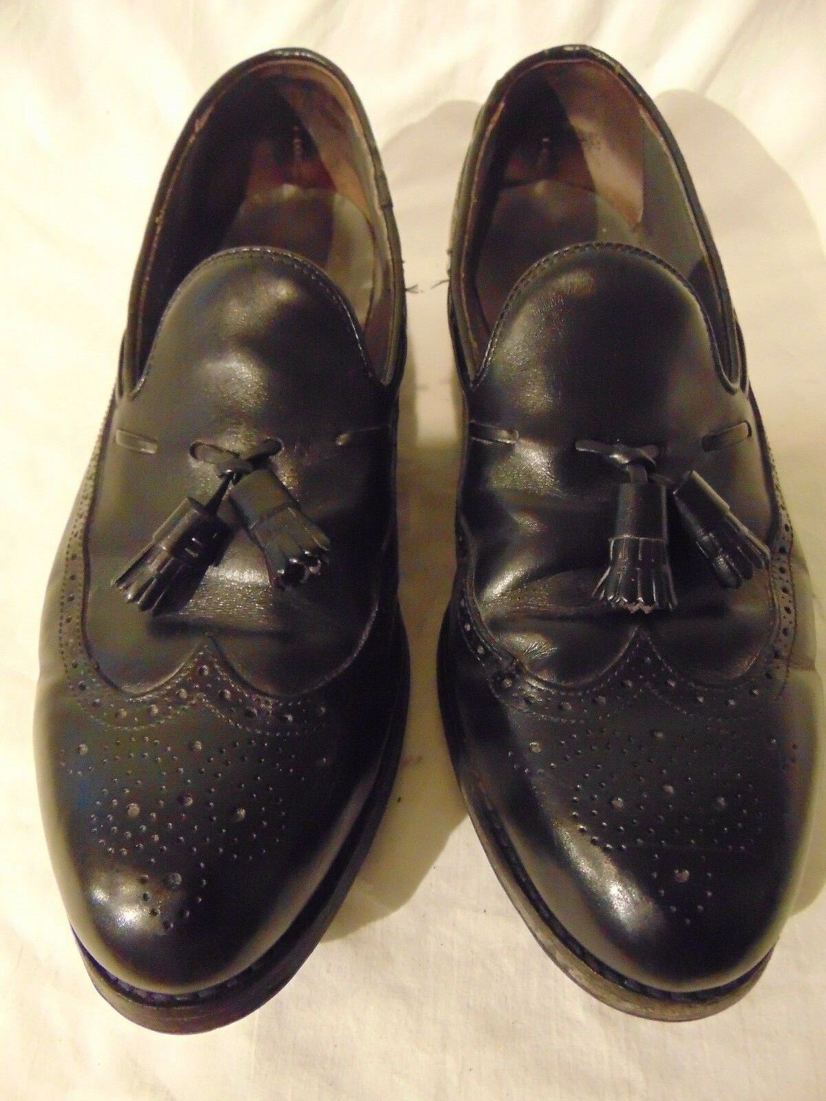 Men's Foot Joy Classic Black Leather Wing Tip Dress shoes Size 9.5 D Made U.S.A.