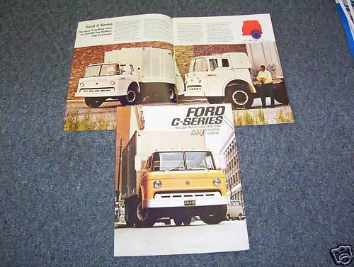 70 SALES CATALOG 1970 FORD C-SERIES COE TRUCK SHOWROOM BROCHURE