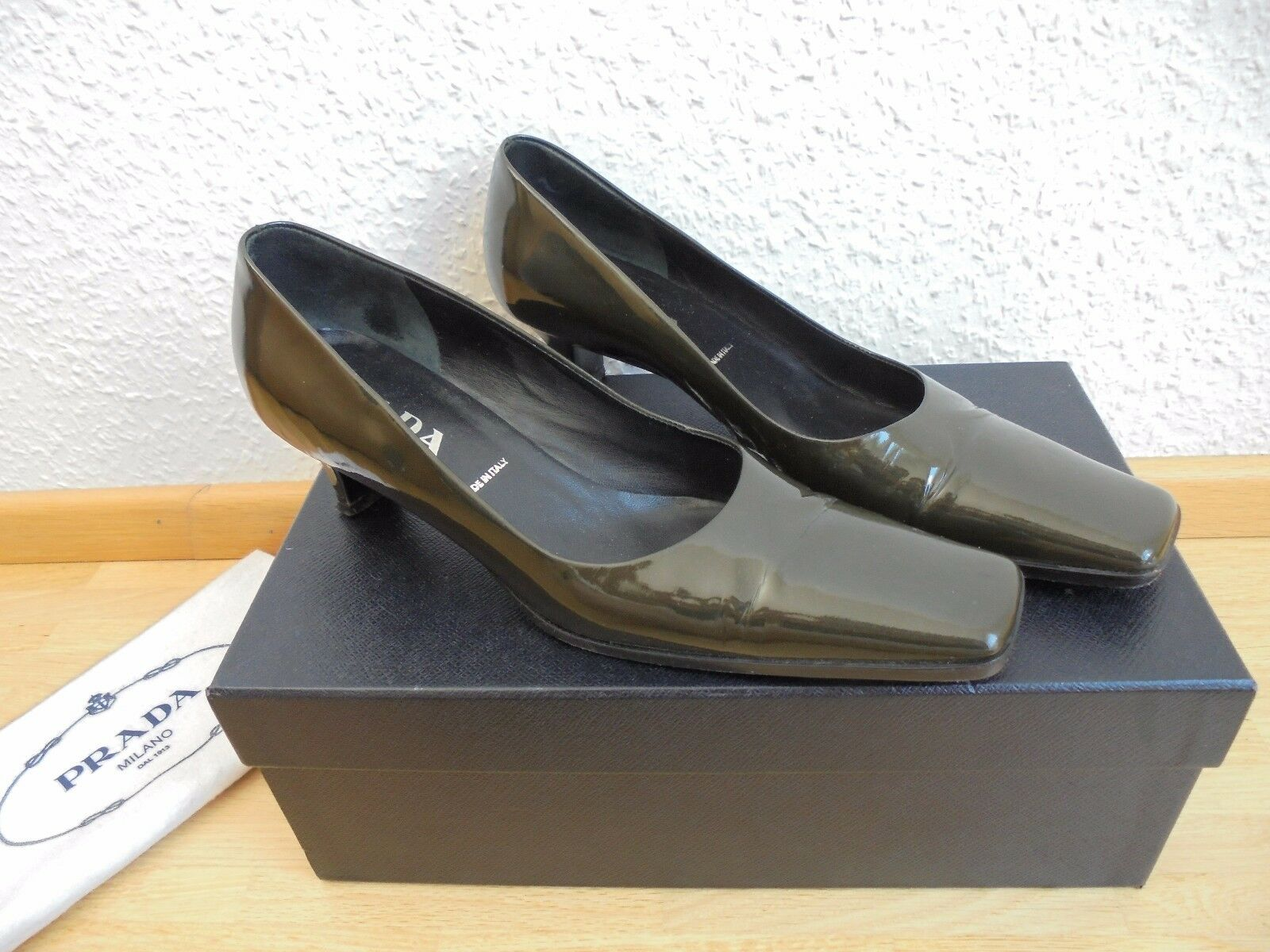 Original Prada TOP Lackleder Pumps NP:  TOP Prada Kitten Heels Schuhe Gr. 36 36,5 37 eec5f3