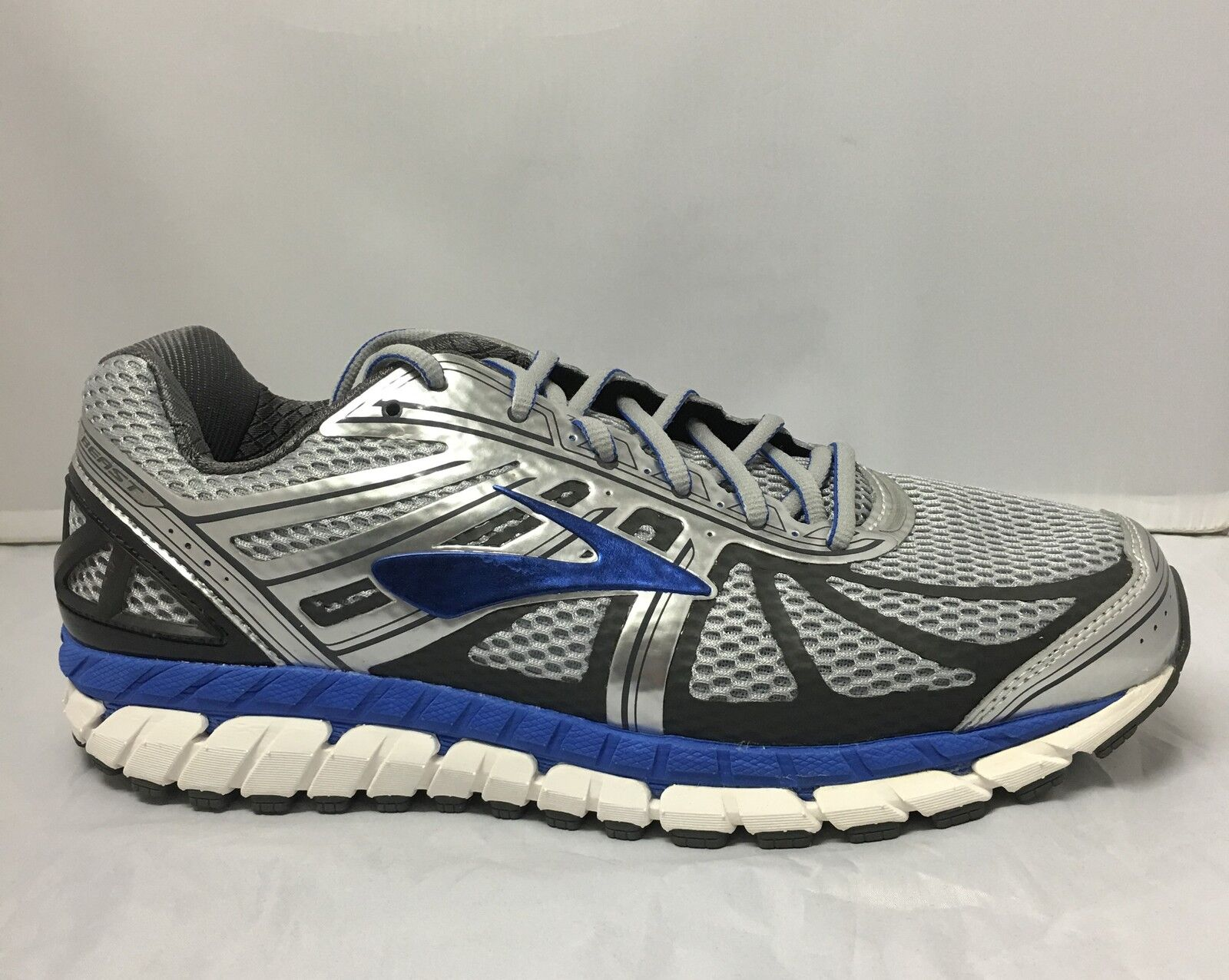 LATEST RELEASE  Brooks Beast 16 Mens  Running shoes (2E) (005)   SAVE