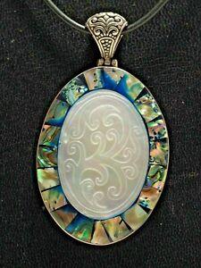Anhaenger-Abalone-amp-Perlmutt-Mother-of-Pearl-Paua-Muschel-925-Silber-mit-Gravur